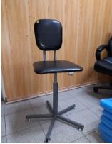 Винтовой антистатический стул DOKA-D006